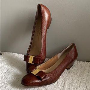 Salvatore Ferragamo Brown Leather Buckle Bow 8